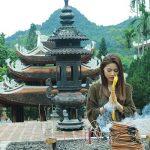 Tour du lịch Hà Nội Chùa Hương 1 ngày: Vãn cảnh chùa Hương – Động Hương Tích