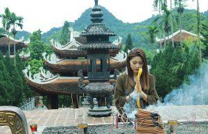 Tour du lịch Hà Nội Chùa Hương 1 ngày: Vãng cảnh chùa Hương – Động Hương Tích
