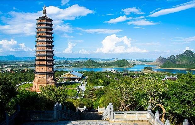 Tour du lịch Hà Nội – Hoa Lư – Tam Cốc – Bái Đính – Tràng An 3N2Đ   Về miền cố đô