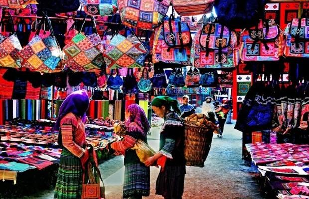 Tour du lịch Hà Nội – Mai Châu 2 ngày 1 đêm |  Hồ Ba Khan – Thác Gò Lào – Hang Kia