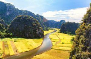 Tour du lịch Hà Nội – Hang Múa – Tràng An – Hoa Lư 1 ngày | Thăm Cố Đô Ngoạn Cảnh