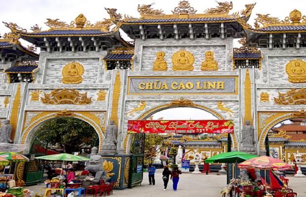 Tour du lịch Tết Hà Nội – Chùa Cao Linh – Chùa Hang – Đền Bà Đế 1 ngày