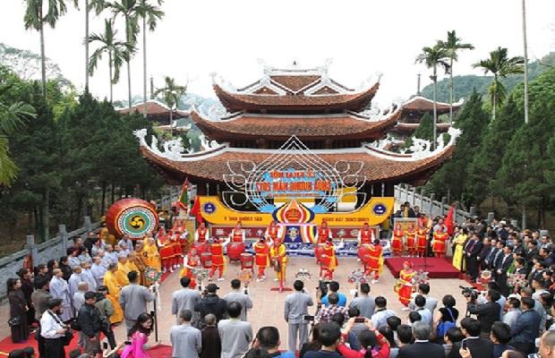 [Tour trẩy hội xuân 2020] Hà Nội – Chùa Tam Chúc – Chùa Hương – Động Hương Tích 1 ngày