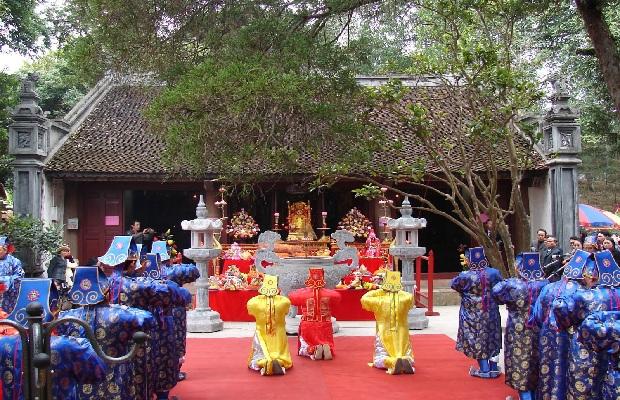 [Tour Tết 2020] Trẩy hội đầu năm Hà Nội – Đền Ông Hoàng Bảy – Cô Tân An – Đền Mẫu Lào Cai 1 ngày