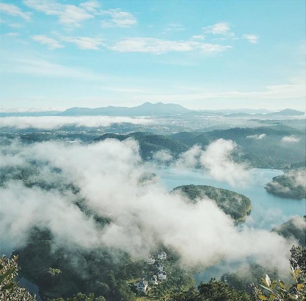 săn mây đồi Đồi Pinhatt