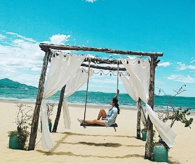 Du lịch Quy Nhơn tháng 2 - Quán Cà phê biển cực chill