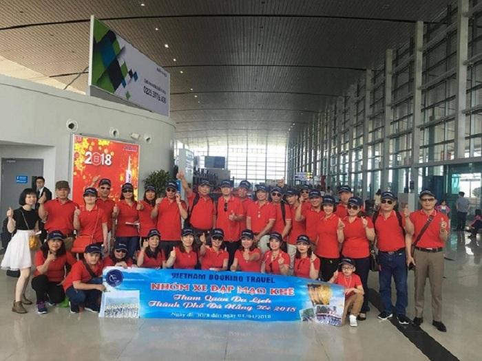 Tour khách đoàn Vietnam Booking du lịch Đà Nẵng