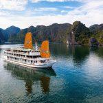 Du thuyền Unicharm Cruise – Halong