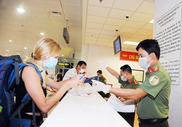Cấp lại visa điện tử Việt Nam cho công dân 80 quốc gia