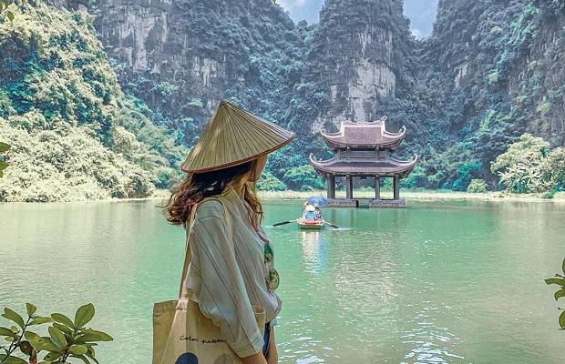 Tour du lịch Ninh Bình 2 ngày 1 đêm   Hoa Lư – Tam Cốc – Hang Múa – Bái Đính – Tràng An