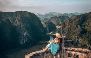 Tour du lịch Ninh Bình 2 ngày 1 đêm | Hoa Lư – Tam Cốc – Hang Múa – Bái Đính – Tràng An
