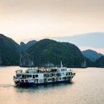 Du thuyền Mon Chéri Cruises Lan Hạ – Hạ Long