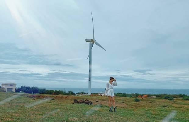 Tour du lịch Phú Quý bằng tàu cao tốc Superdong: Gành Hang – Cột Cờ – Cánh đồng quạt gió