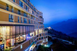 Combo 3N2Đ Khách sạn Amazing Sapa 4* + Tặng bữa tối + Xe giường nằm khứ hồi