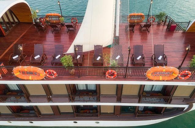 Du thuyền Sena Lan Ha Bay