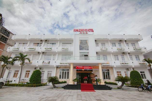 Combo 3N2Đ Vé máy bay Khách sạn Papa Đồng Hới