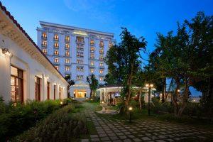 [HOT] Combo 2N1Đ Ninh Bình Hidden Charm Hotel & Resort + Xe Limousine