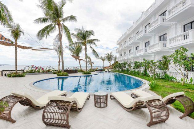 Combo Seaside Boutique Resort Quy Nhơn