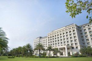 Combo 2N1Đ Vinpearl Resort & Golf Phú Quốc 5* + Vé Safari + Vé máy bay