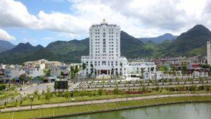 Khách Sạn Hoàng Nhâm Luxury Lai Châu