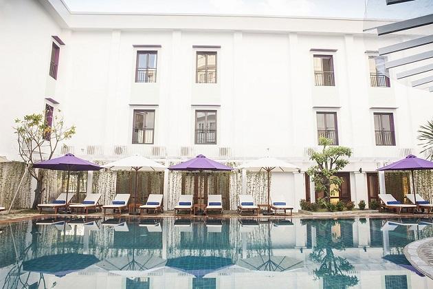 Êmm Huế Hotel