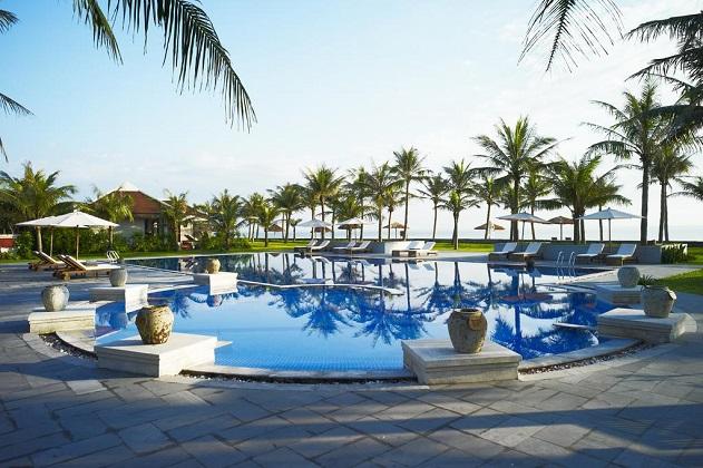 Lapochine Beach Resort Huế
