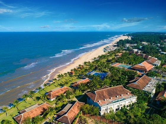 Combo 3N2Đ Lapochine Beach Resort Huế