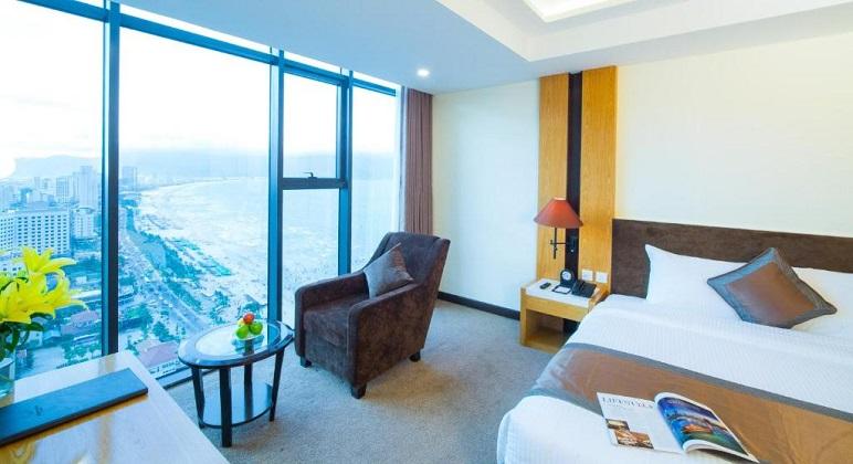 Combo 3N2Đ Vé máy bay Khách sạn Mường Thanh Luxury Đà Nẵng