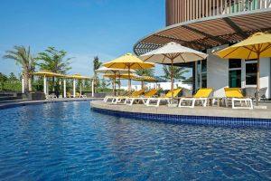 Combo Oceanami Villas & Beach Club 2N1Đ + Xe Limousine