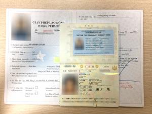 Giá làm work permit cho người nước ngoài bao nhiêu tiền?