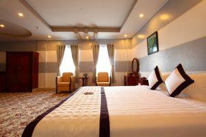 Khách sạn Long Tỵ Cà Mau