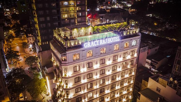 Khách sạn Lotus Central
