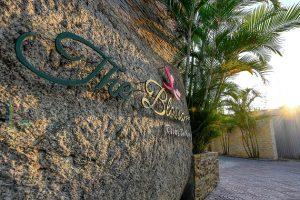 Combo Đà Nẵng The Blossom Resort 2N1Đ + Vé máy bay