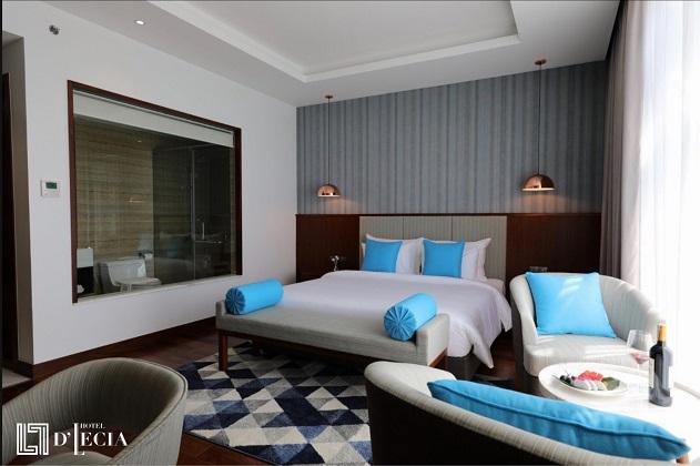 Khách sạn D'Lecia Hạ Long gần trung tâm