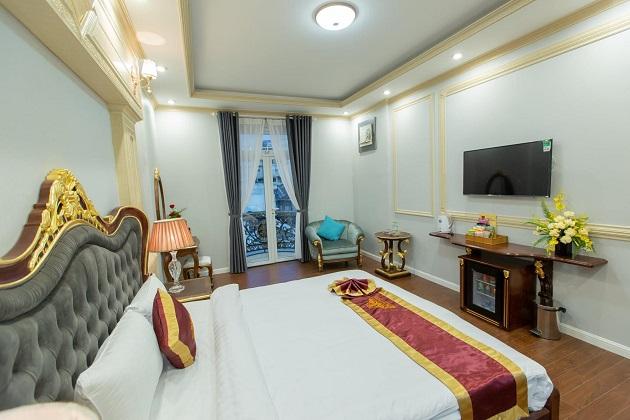 Khách sạn Queen T&T