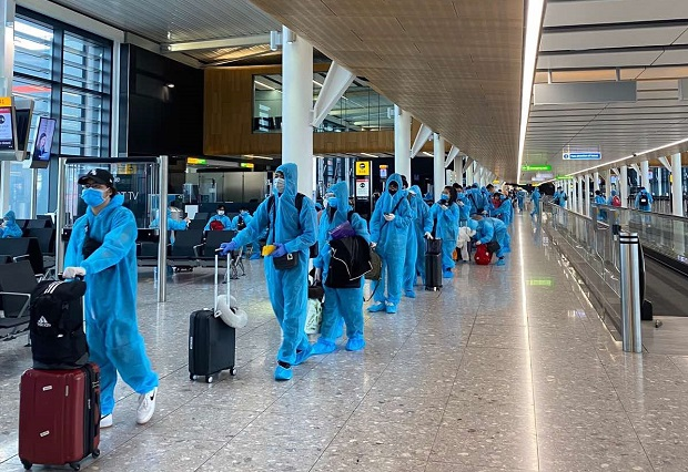 chuyến bay cứu trợ từ nước ngoài về việt nam