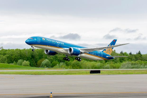 Chuyến bay từ Việt Nam đi Paris   Lịch Bay Mới Nhất 2021