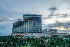 Combo Khách sạn 5 sao Hoiana Hotel & Suites 2N1Đ + Vé máy bay