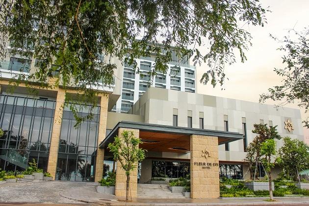 Combo Khách sạn Quy Nhơn Fleur de Lys