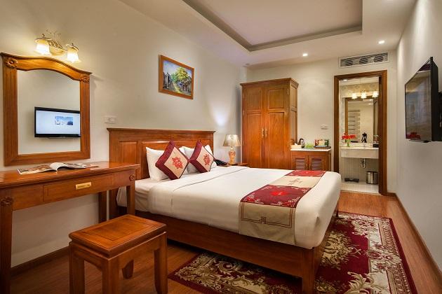 Combo Khách sạn Silk Queen Hà Nội
