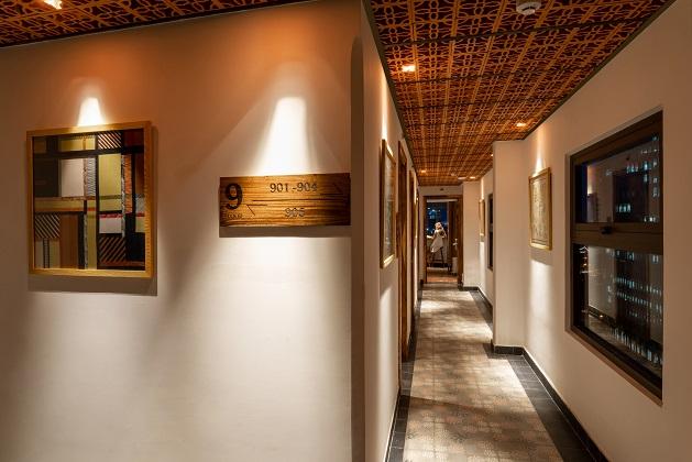 Khách sạn Sky Gem Central