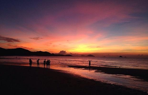 Tour Hà Nội Quảng Bình 4 Ngày 3 Đêm | Khám phá Vương Quốc Hang Động ở Việt Nam
