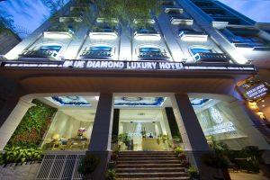Combo Khách sạn Blue Diamond Luxury Sài Gòn 2N1Đ + Vé máy bay