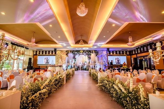 Khách sạn Century Huế