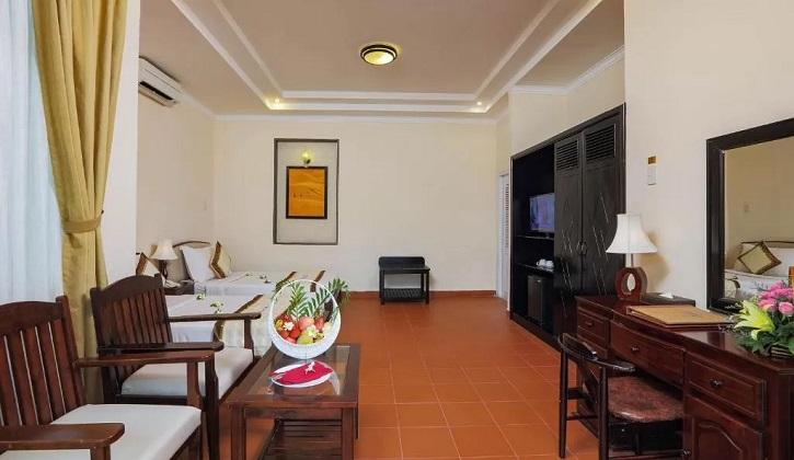 Combo Khách sạn Mũi Né de Century Resort