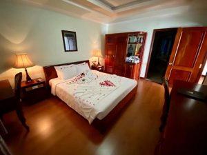 Combo Khách sạn Ninh Kiều 2 3N2Đ + Vé máy bay/Xe Limousine