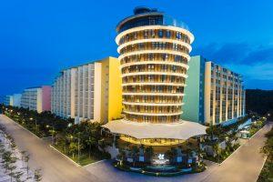 Combo Premier Residences Phu Quoc Emerald Bay + Vé cáp treo + Aquatopia Water Park + Vé máy bay giảm 35%