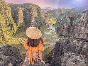 Du lịch Tết Ninh Bình: Cuốn sách sử nước Nam kỳ vĩ, hoang sơ