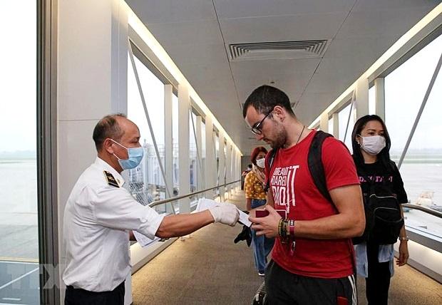 Thủ tục nhập cảnh cho chuyên gia nước ngoài vào Việt Nam