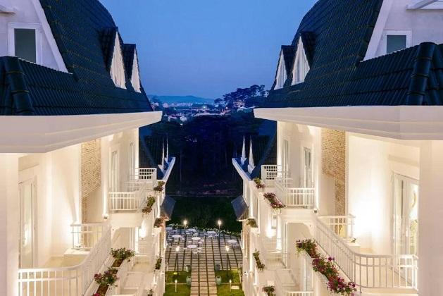 Combo Khách sạn Decharme Village Đà Lạt